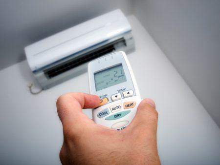 难怪你家电费那么贵!盘点错误使用冷气机的方法,第二个你一定做过!