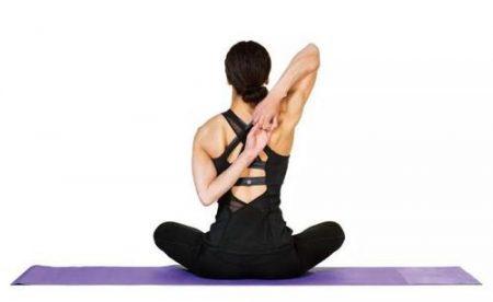 【驼背矫正】4个简易动作改善你的驼背问题!一星期就见效!